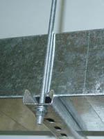 Крепление вертикального ствола металлическими профилями